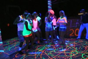 paidiko_party_xoros_glow_party_dj