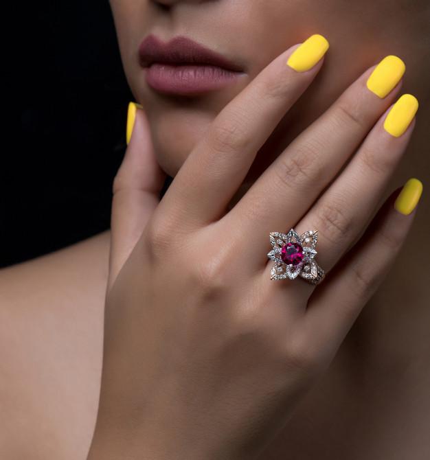 Μεγάλο δαχτυλίδι με μοβ πέτρα