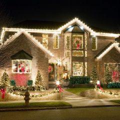 χριστουγεννιατικος στολισμος με φωτοσωληνες